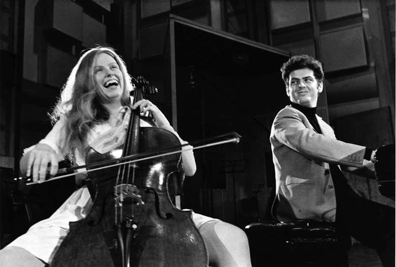 Jacqueline du Pré with her then-husband Daniel Barenboim (photo: Warner Classics)