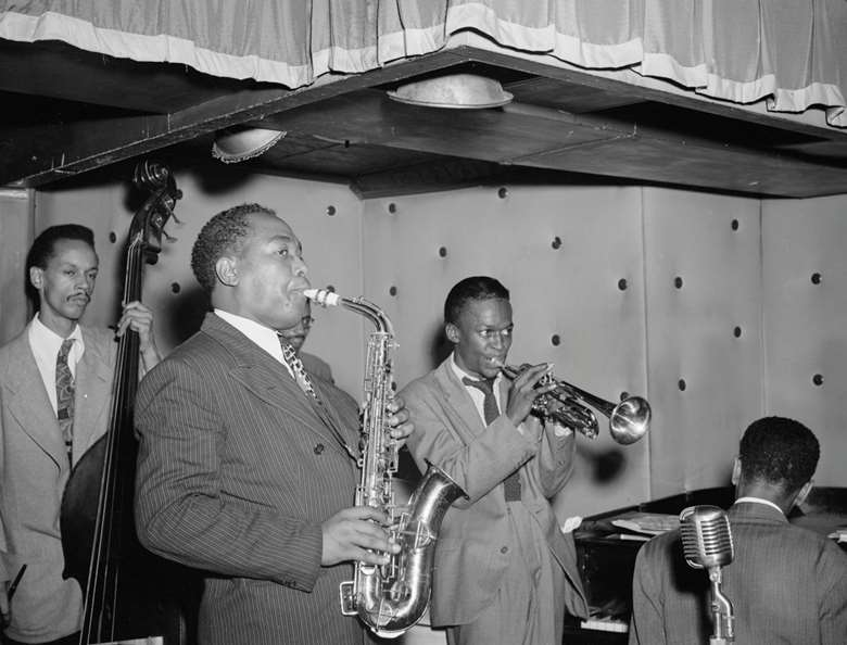Charlie Parker and Miles Davis (photo: William P Gottlieb courtesy Music Division, Library of Congress)