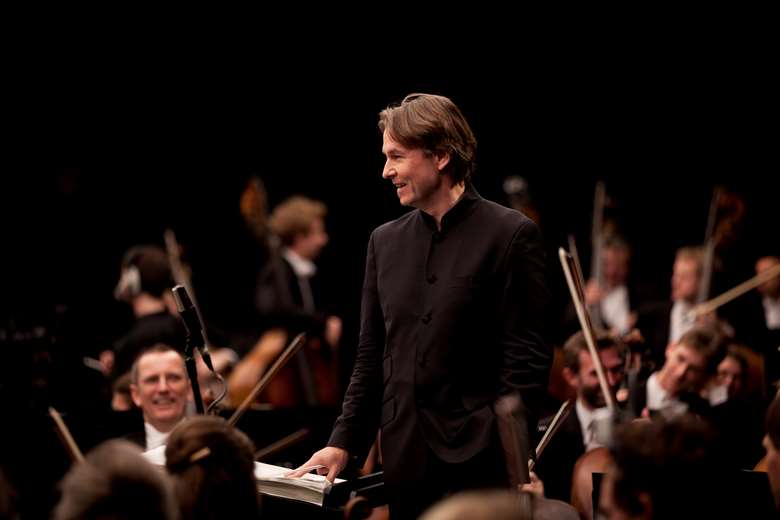 Esa-Pekka Salonen awarded honorary knighthood (photo: Benjamin Ealovega)