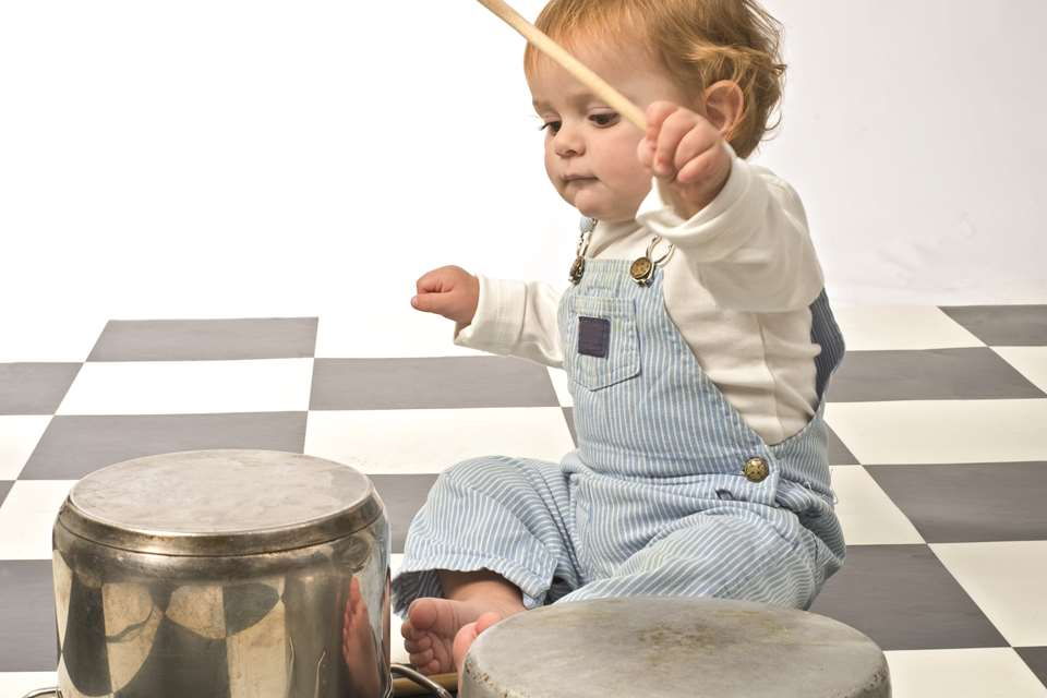 EYFS Activities - Birth to two… heuristic play | Nursery World