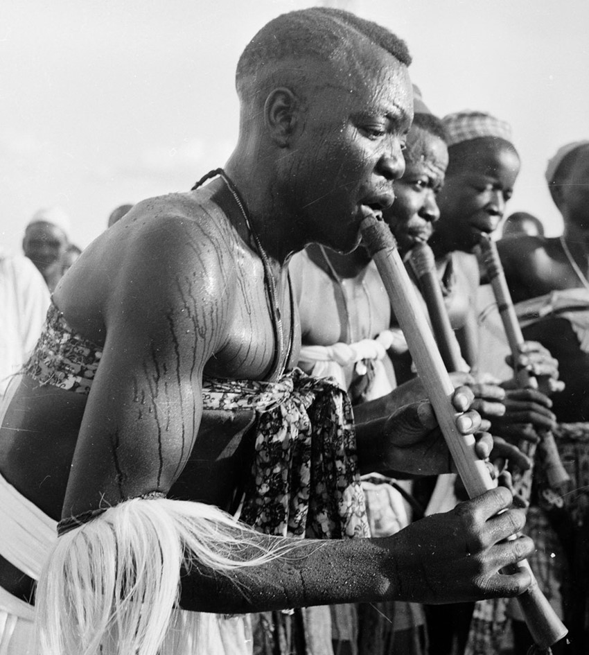 Tiv flautists (Hulton Archive / Getty Images)