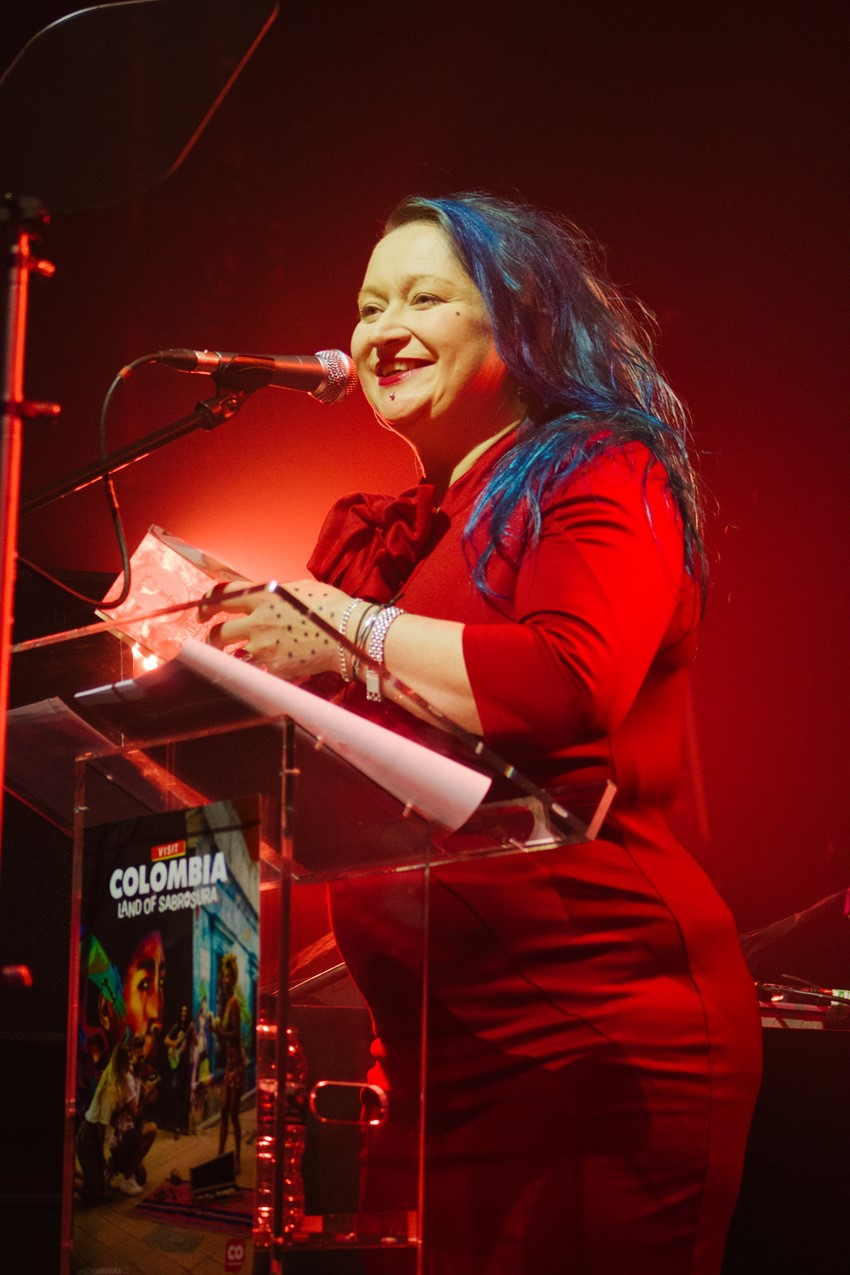 Eliza Carthy accepts her Europe Award